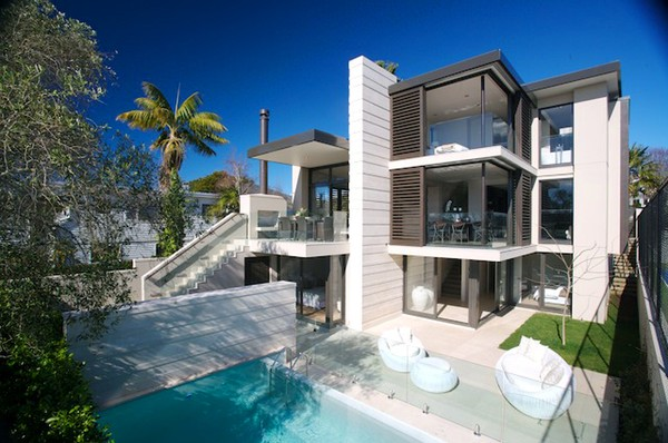Luxury auckland home sale invigorates market confidence for Luxury homes for sale new zealand