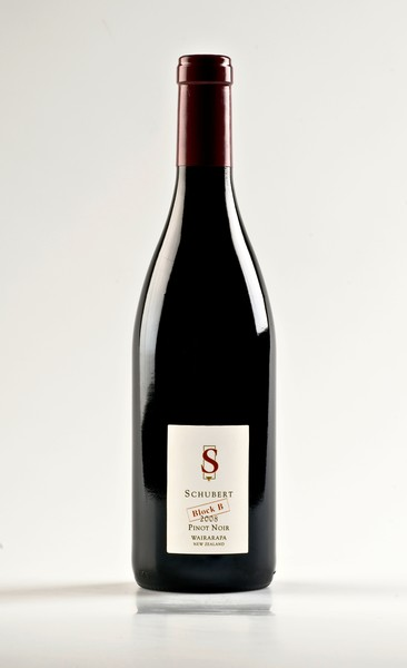 Schubert wines from new zealand wins best pinot noir award for Best pinot noir in the world