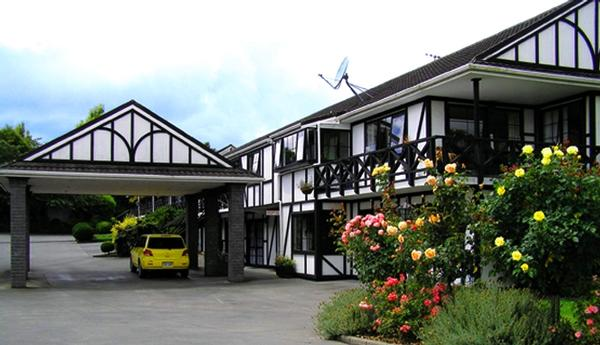 Motel business for sale in whangarei nz very tasteful with its motel of quality and excellent guest facilities for sale in whangarei new zealand credit chrissy chisholm tourism business broker sciox Images