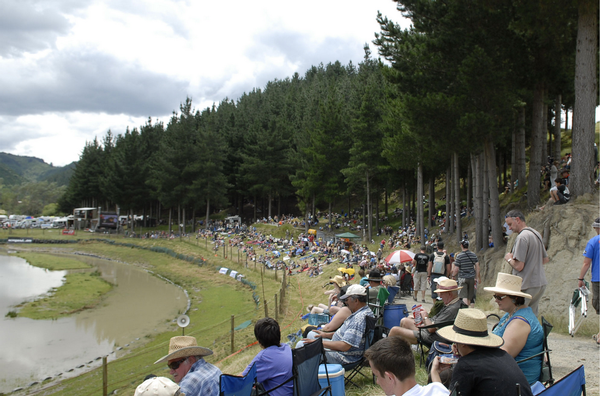 The perfect location for a day away is to pack the family for Wanganui's Shelter View jet sprint track at the final round of the UIM Wanganui.com World Series jet sprint championship being held 18-19 February.