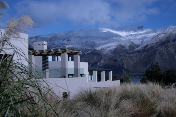 Tiritiri Lodge with the snowy mountains as a backdrop.