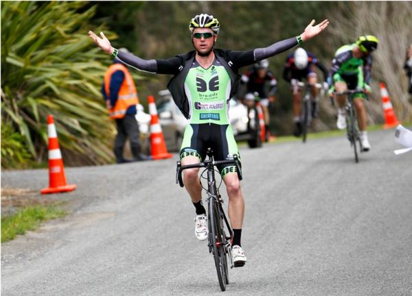 Tom Hubbard (Breads of Europe- All About Plumbing) won the elite race of the Benchmark Homes Cycling Series near Nelson today
