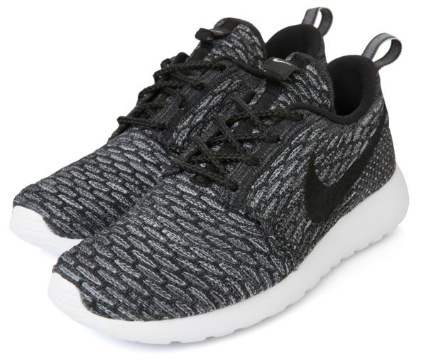 28fcb43fed32 MORE WITH LESS  THE NIKE ROSHE FLYKNIT CREDIT  Nike