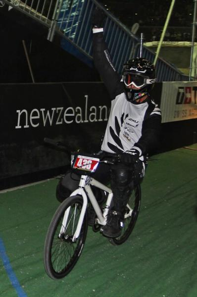 Rotorua's Dave Mohi celebrates his world title in the Cruiser men's 40-44 years final.