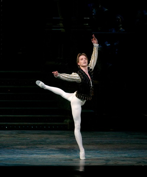Colorado Ballet S Swan Lake: Internationally Acclaimed Dancer Ethan Stiefel Appointed