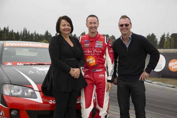 Greg Murphy (centre) with NZ Tax Refunds CEO Cilla Hegarty and Director Aaron Hegarty.