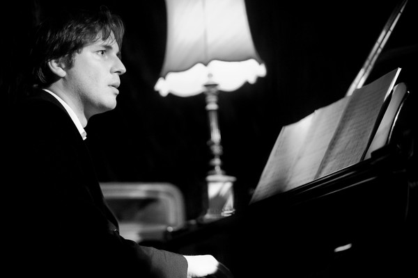 "The ""hugely-talented"" pianist Daniel Gassin."