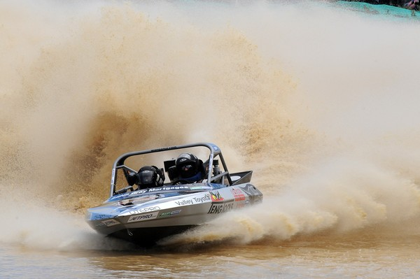 Whangamata's Ray Thompson and David Toms are within grasp of the Jetpro Lites category, heading to this weekend's final round near Featherston with a six point deficit for the 2010 Jetpro Jetsprint Championship category title being held near Featherston o