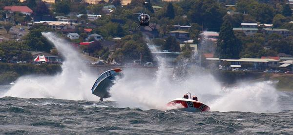Total and Konica Minolta battle at Taupo