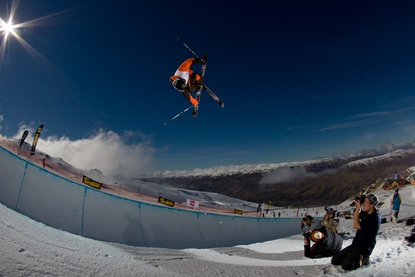 Jossi Wells, Winner of the 2009 Volkl NZ Freeski Open 2009 Halfpipe