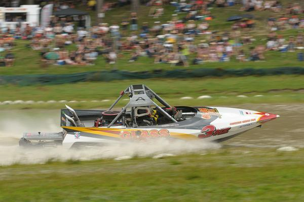 Taupo husband and wife pairing Reg and Julie Smith lead the Scott Waterjet Group A category of the Jetpro Jetsprint Championship heading in to this weekend's fourth round near Hastings